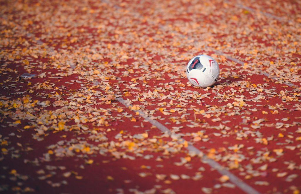 Сине-белые одержали победу в напряженном матче. Фото: страница футбольного клуба «Чертаново» в социальных сетях