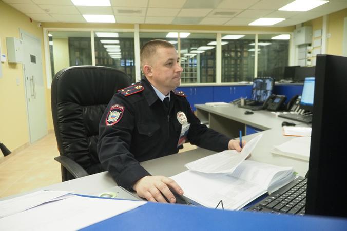 Полицейские ЮАО задержали подозреваемого в совершении грабежа