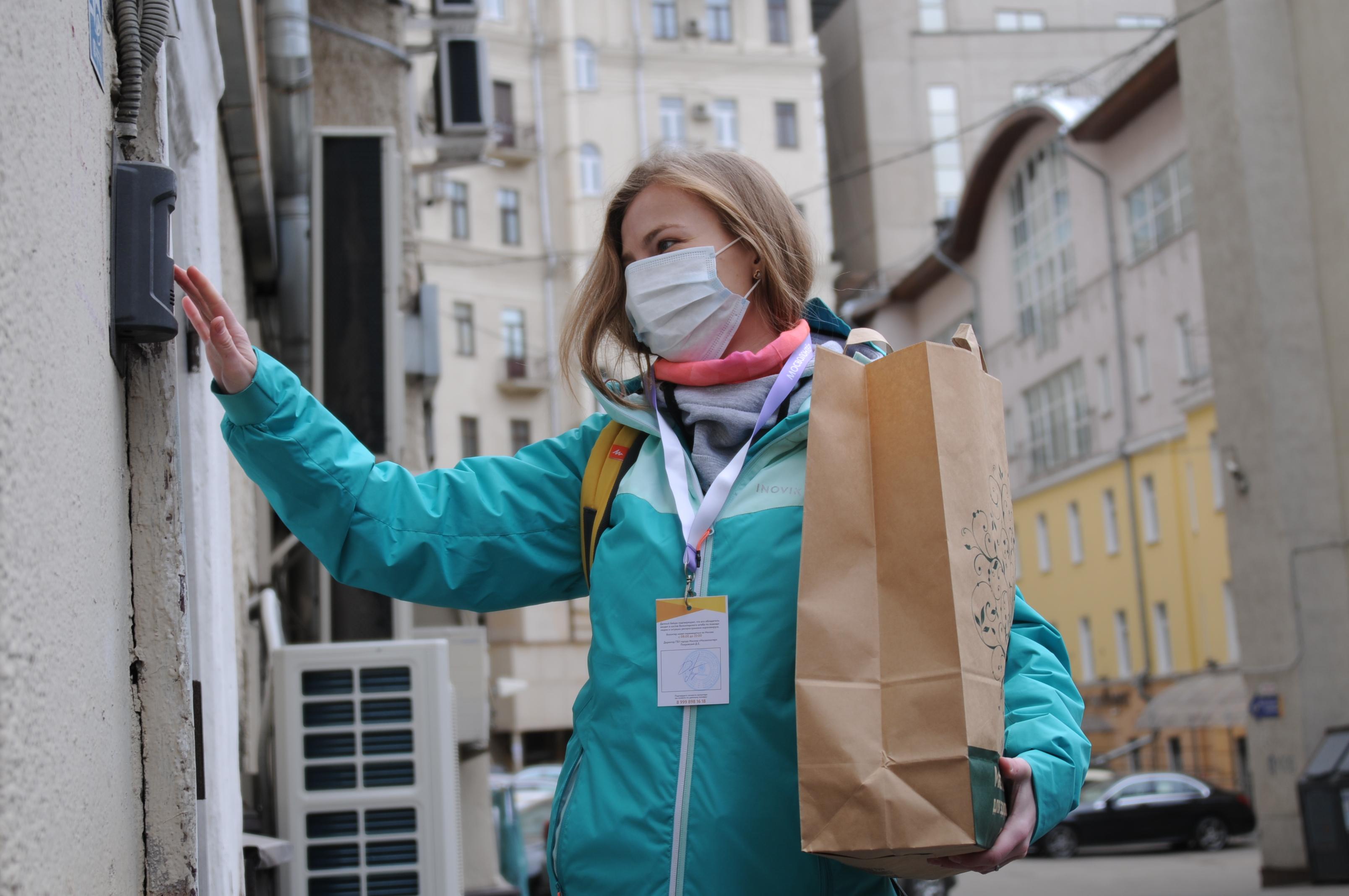 Социальные работники Москвы прошли свыше 170 тысяч километров