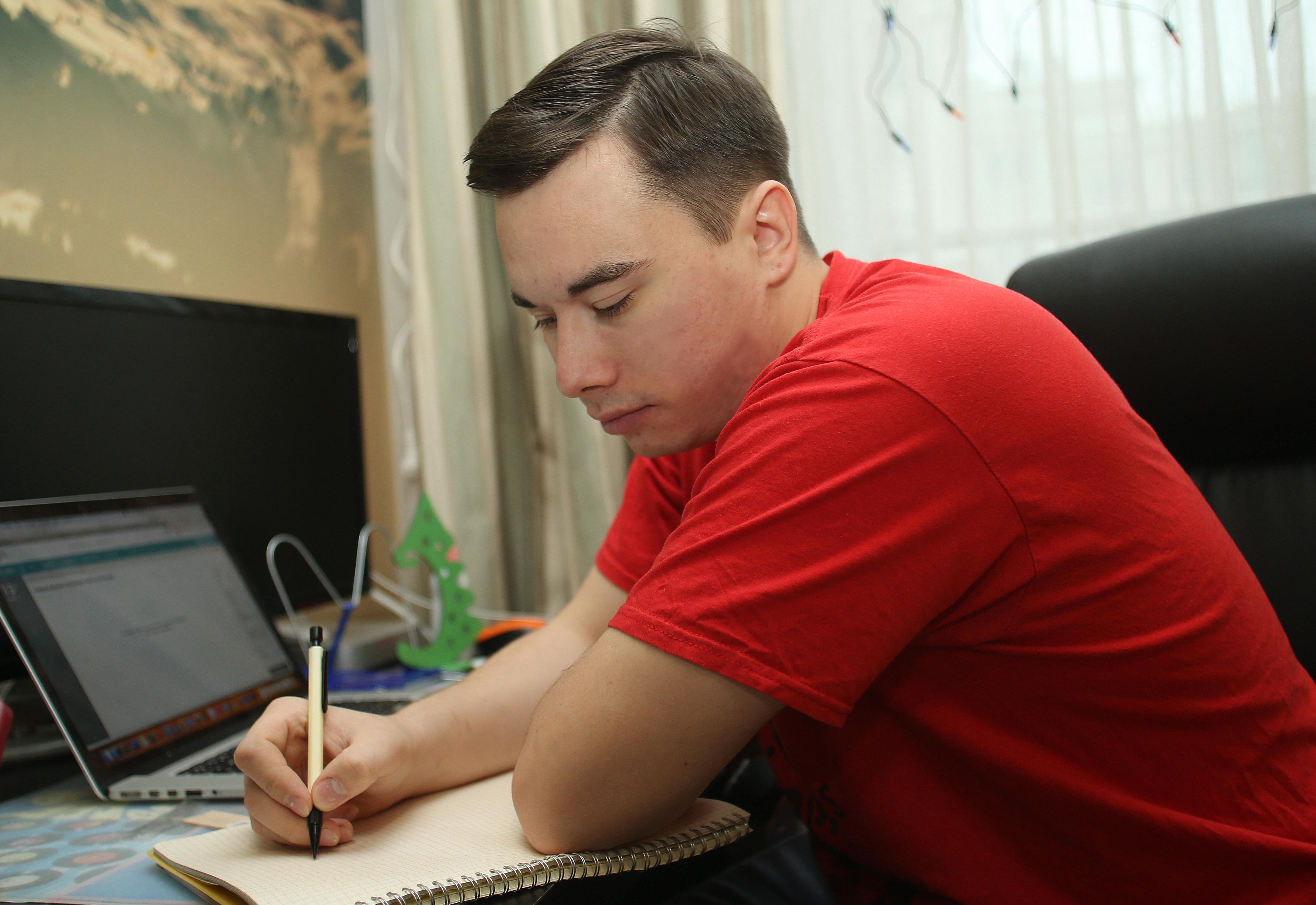 Учащиеся московских школ стали чаще участвовать в олимпиадах