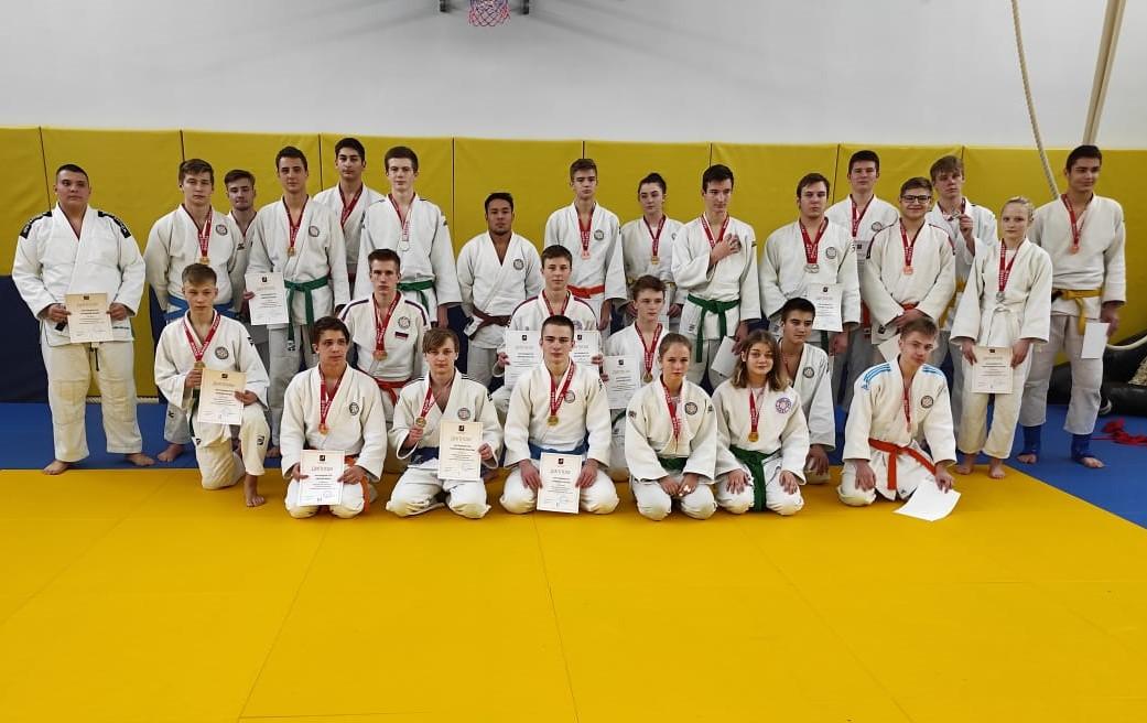 Представители спортивной школы №47 завоевали 37 медалей на первенстве Москвы
