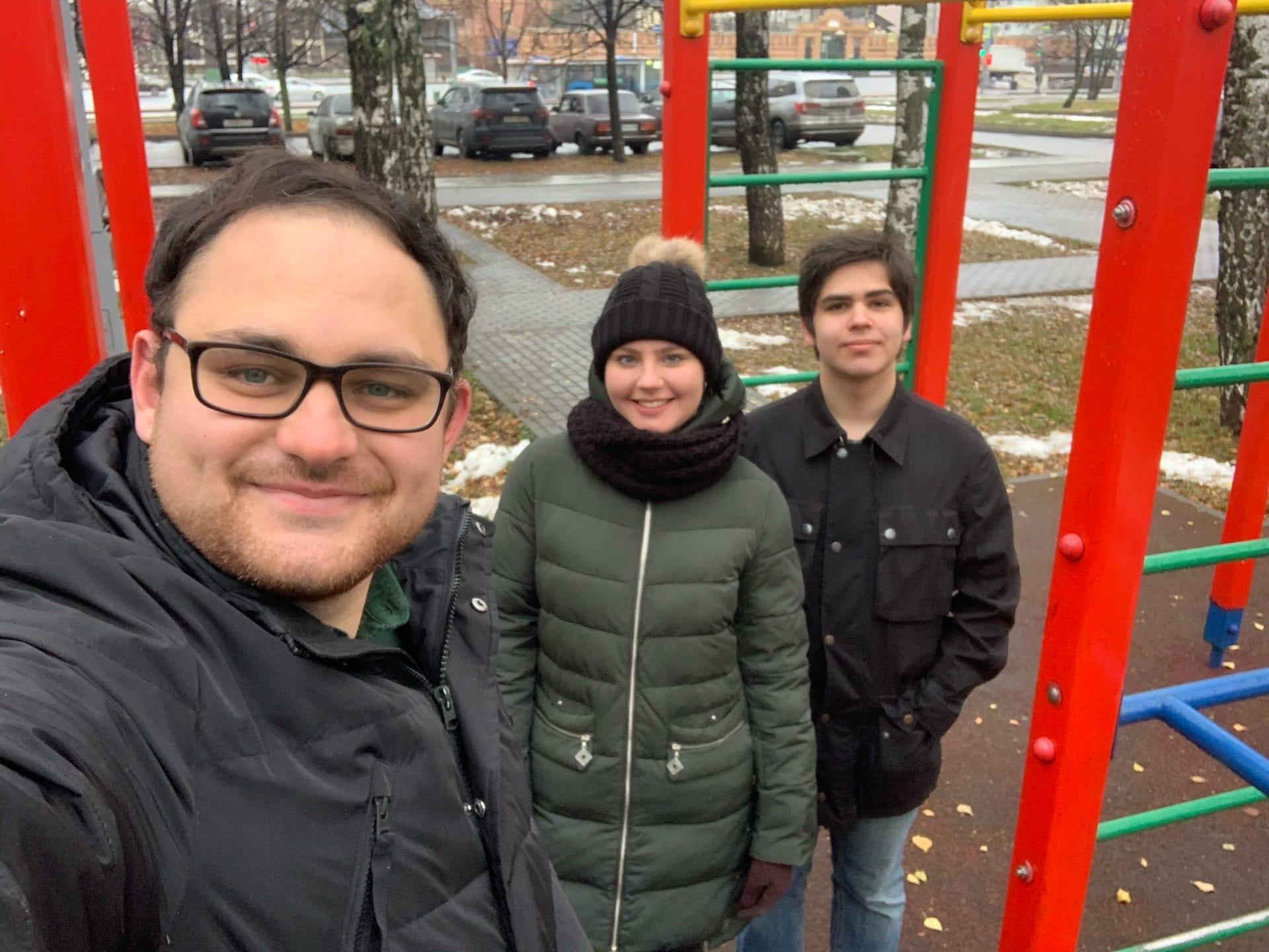 Молодежный патруль: парламентарии Орехова-Борисова Южного проверили детские площадки
