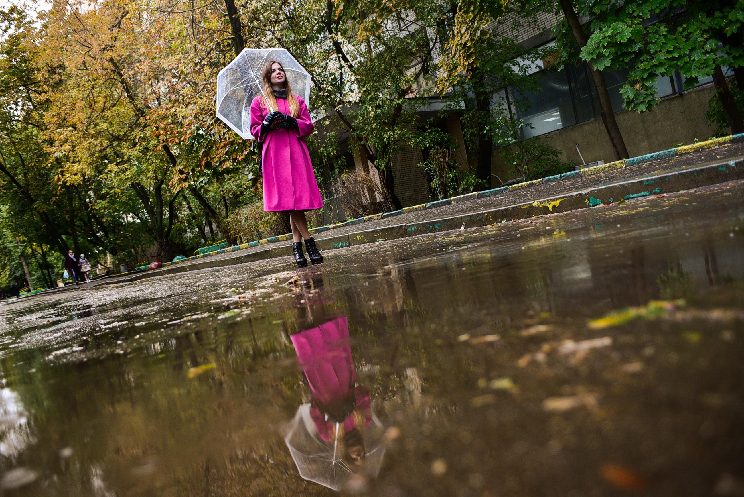 Жителей Москвы ждут тепло и дожди в воскресенье