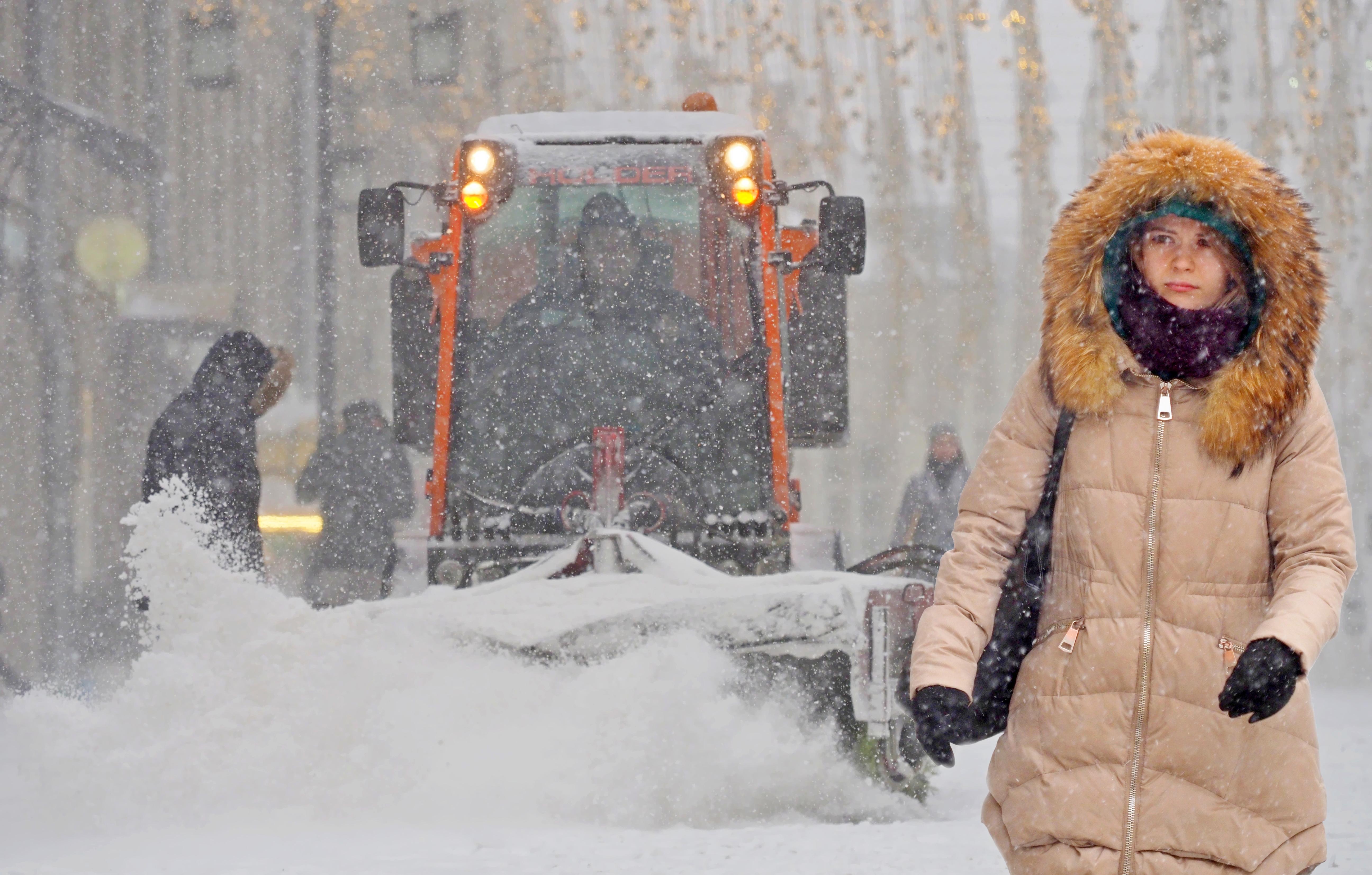 Московский синоптик допустила восемь сантиметров снега к вечеру пятницы