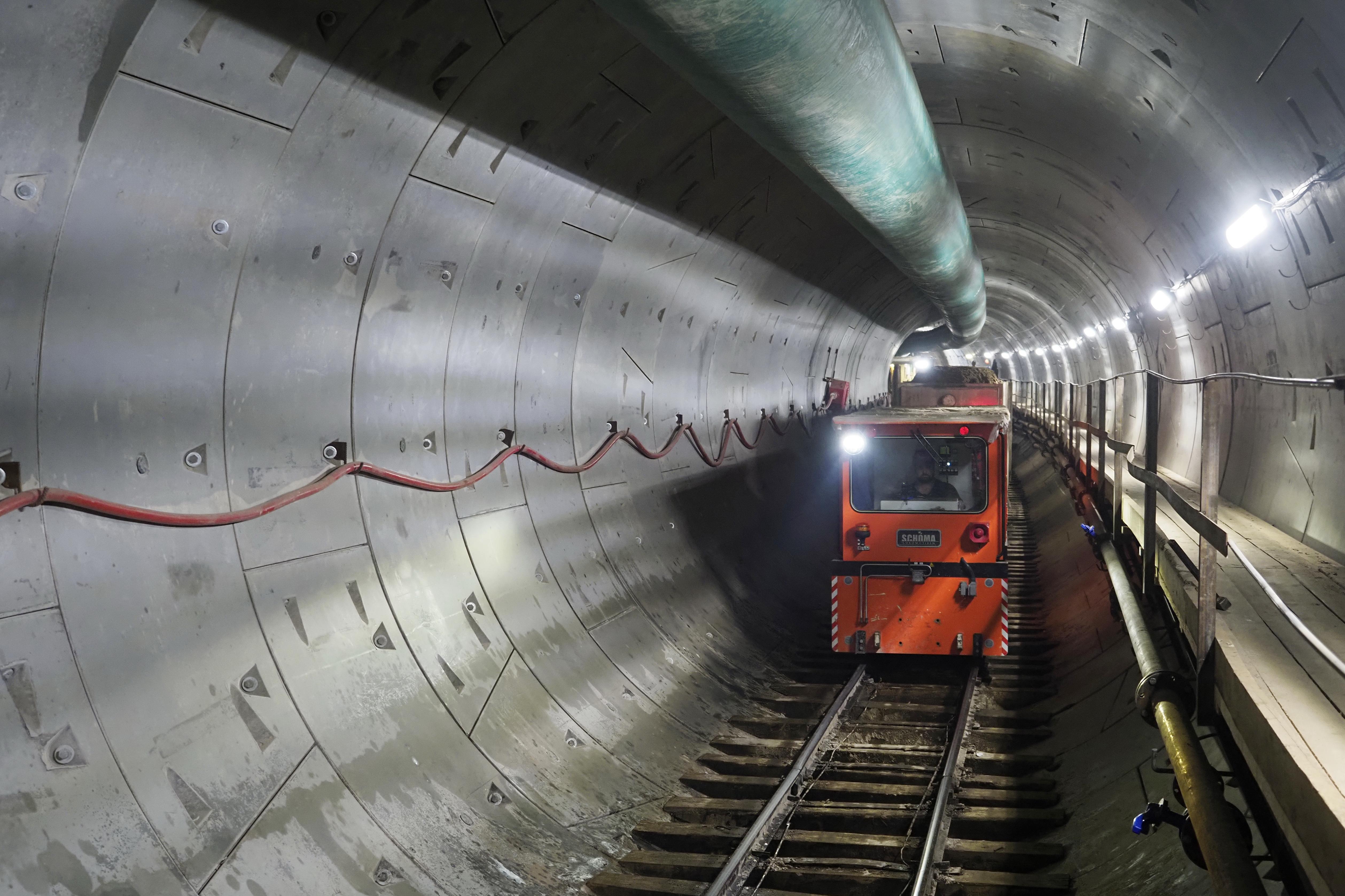 Свыше 15 километров линий метро построили в Москвы с начала года