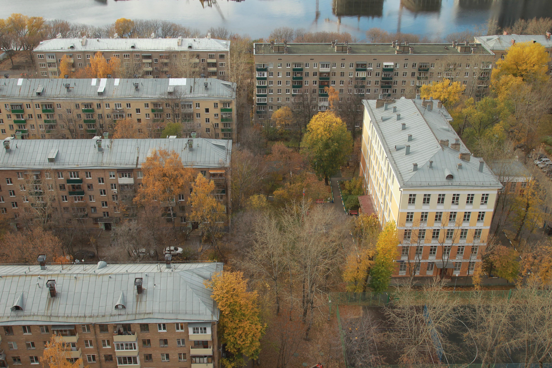 Идет расселение старых пятиэтажек
