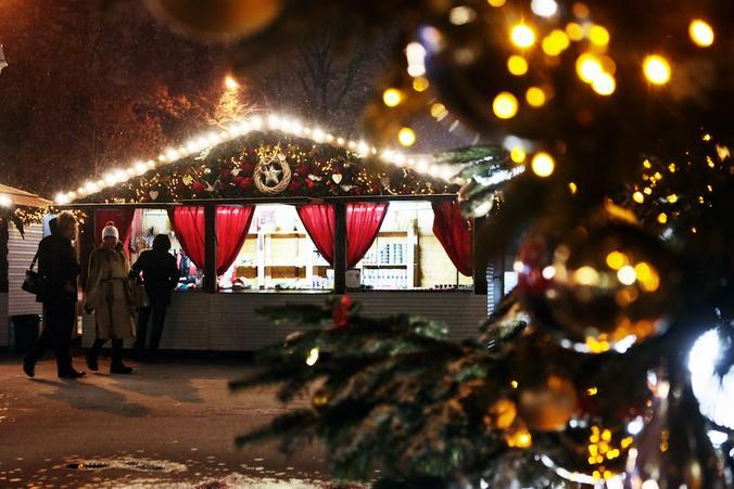 Жители европейских городов остались без рождественских ярмарок из-за COVID-19. Фото: Анна Иванцова, «Вечерняя Москва»