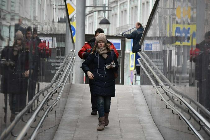 Пешеходный переход через железнодорожные пути построили в Донском районе. Фото: Владимир Новиков, «Вечерняя Москва»