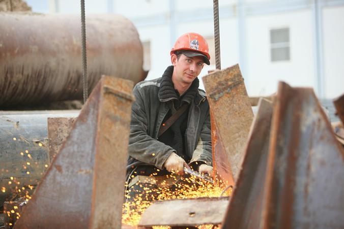 Прокуратурой Южного административного округа Москвы проведена проверка исполнения требований федерального законодательства при эксплуатации пункта приема металлолома