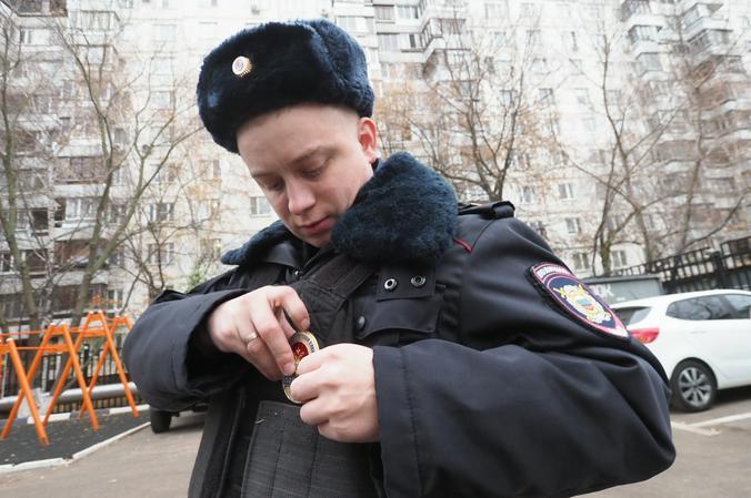 На юге столицы полицейские задержали подозреваемую в покушении на сбыт метилэфедрона