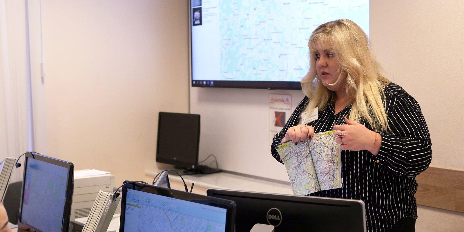 Знание психологии помогло оператору Системы 112 быстрее освоить профессию. Фото: пресс-служба ГОЧСиПБ