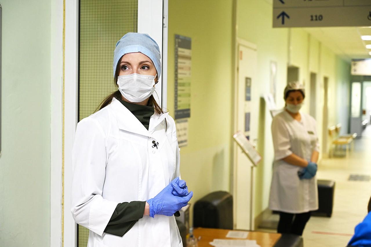Более 7,2 тысячи случаев коронавируса зафиксировали в Москве за сутки
