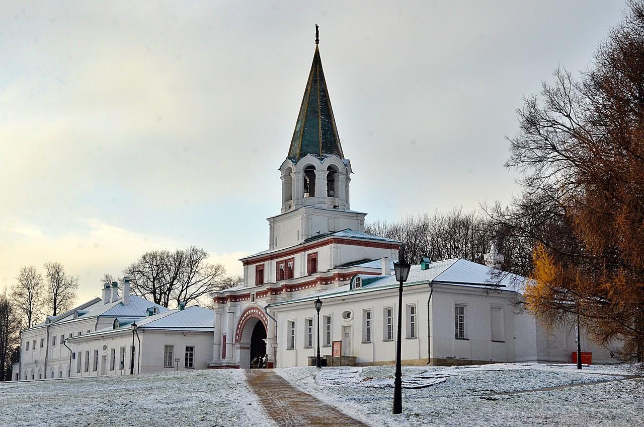 Москвичей ожидает снежная погода в воскресенье