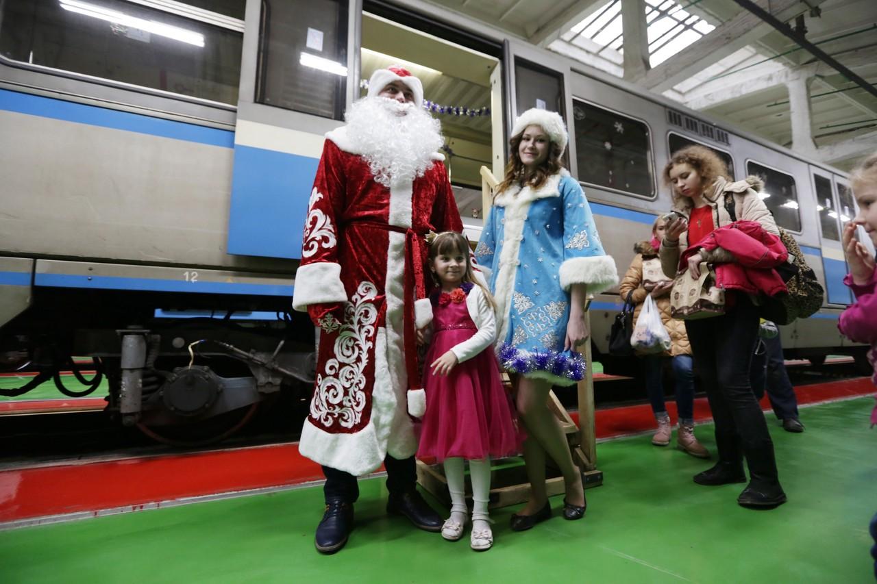 Метро и МЦК будут работать в Новый год и Рождество