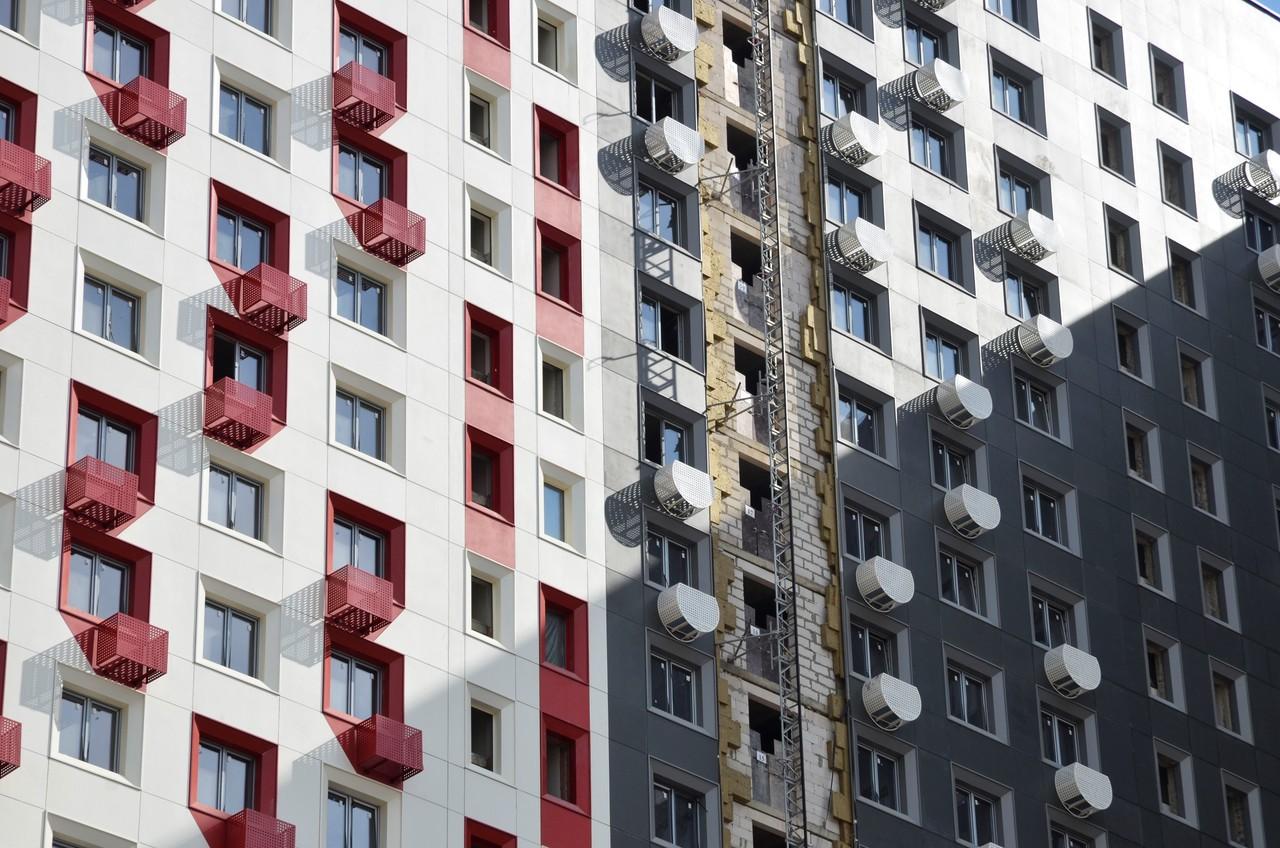 Москвичи помогли определить границы участков для 483 многоквартирных домов