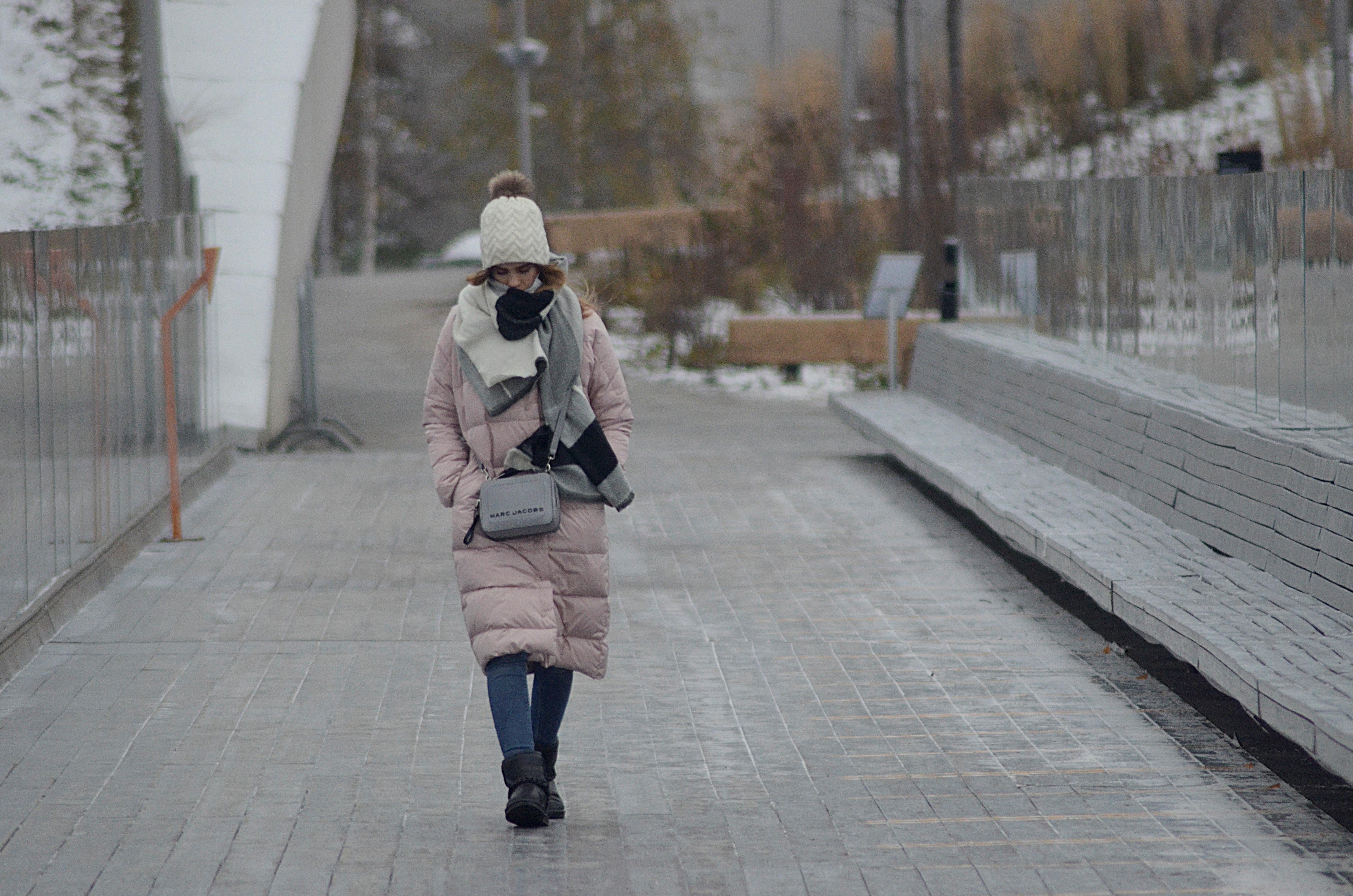 Москвичам пообещали 10-градусные морозы в выходные