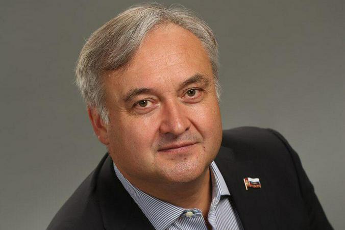 На фото депутат Московской городской Думы от Зеленоградского административного округа Андрей Титов
