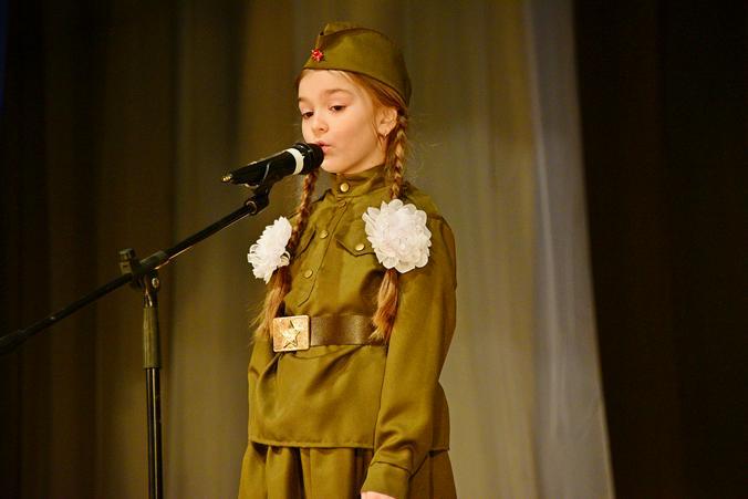 Патриотическая песня: сотрудники «Энергия.RU» показали работы участников тематического фестиваля. Фото: Пелагия Замятина, «Вечерняя Москва»