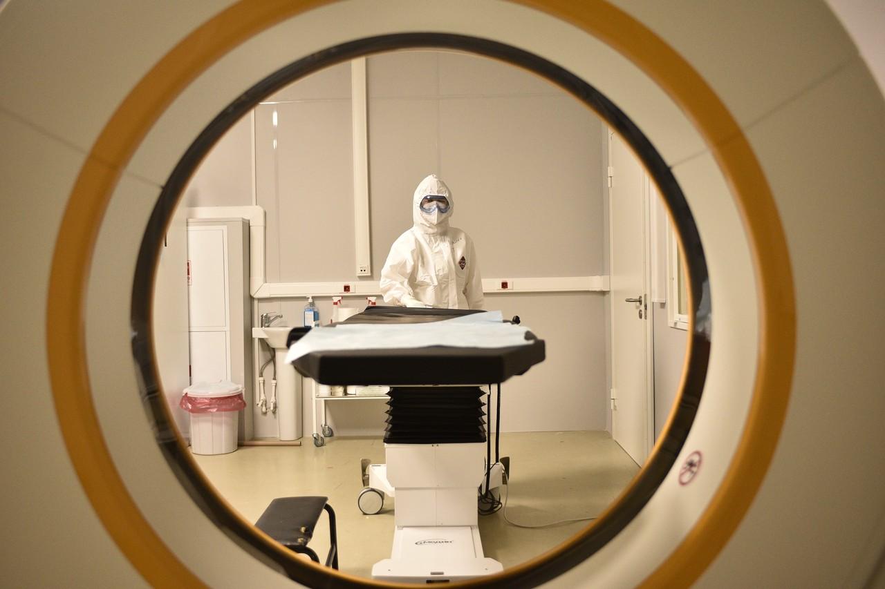 Более 27 000 пациентов с COVID-19 выписали в России за сутки