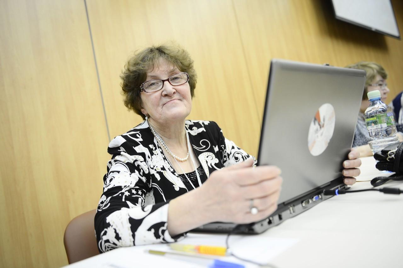 Пожилых москвичей сделают мемуаристами
