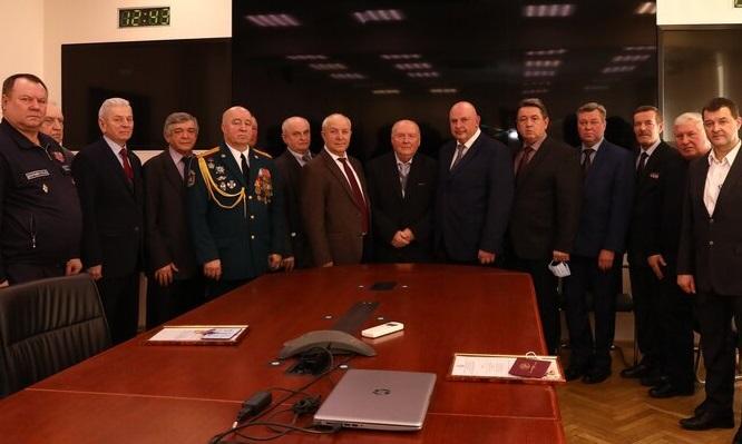 В Департаменте ГОЧСиПБ поздравляют сотрудников с Днем защитника Отечества