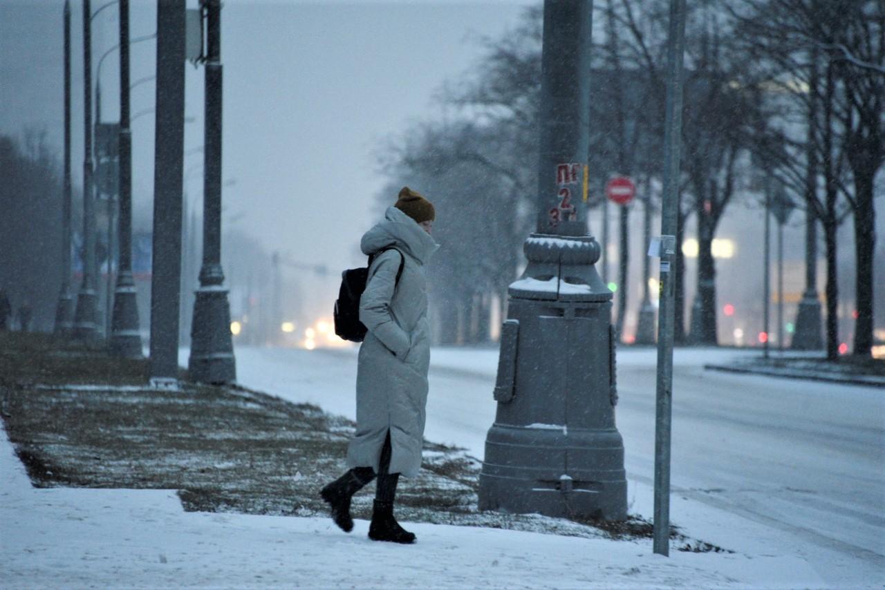 Москвичам пообещали морозную погоду в праздники