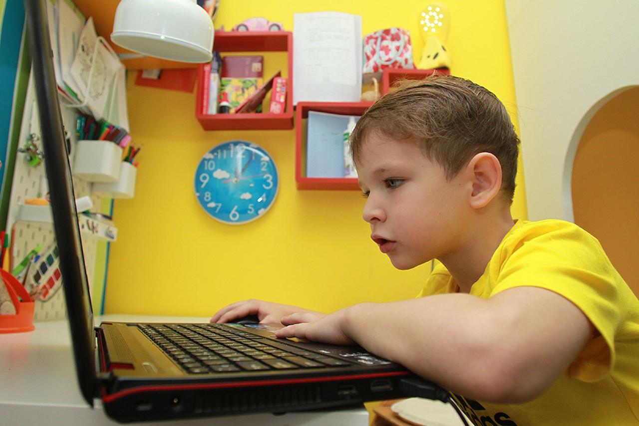 Онлайн-развлечения для детей подготовили в Москве