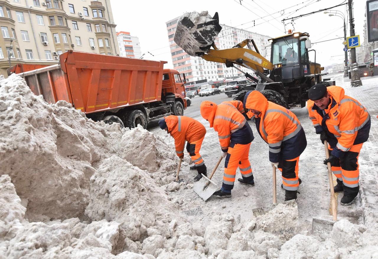 Около десяти миллионов кубометров снега вывезли из Москвы с начала снегопада
