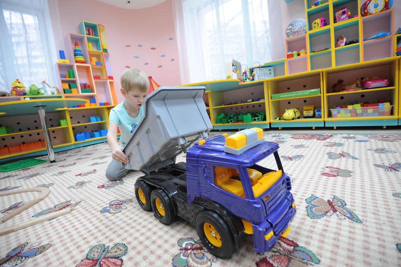 Почти 30 детсадов ввели на территориях бывших промзон в Москве