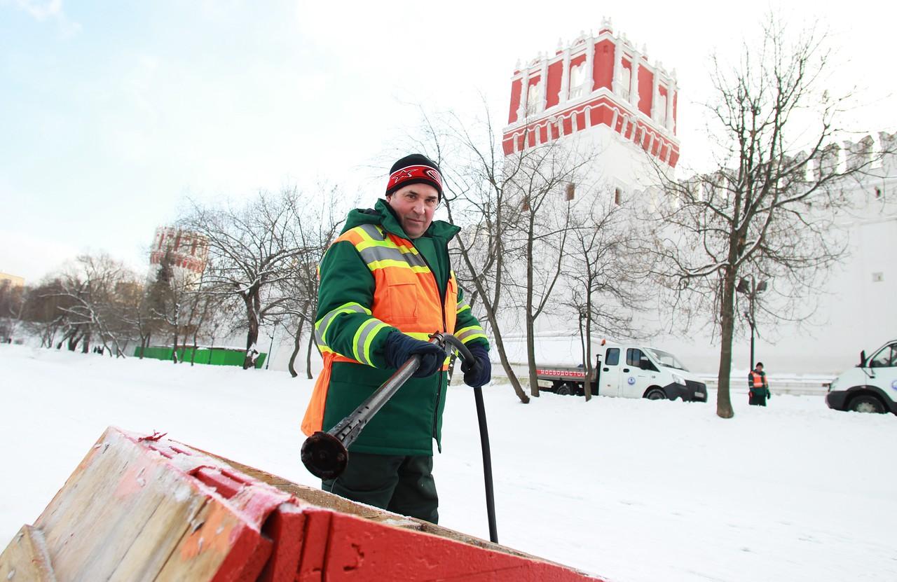 В Москве обновили около 900 лунок для аэрации водоемов