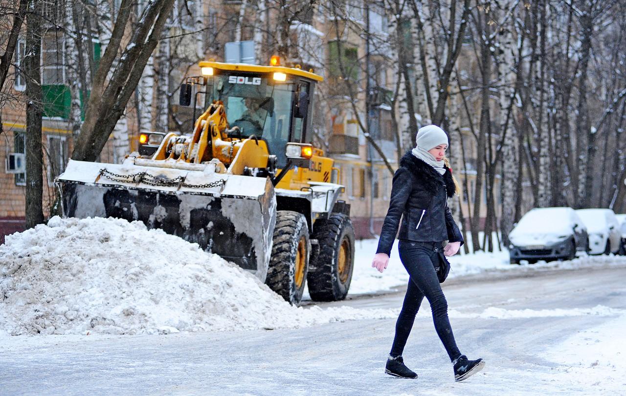 Более метра снега выпало в Москве с начала зимы