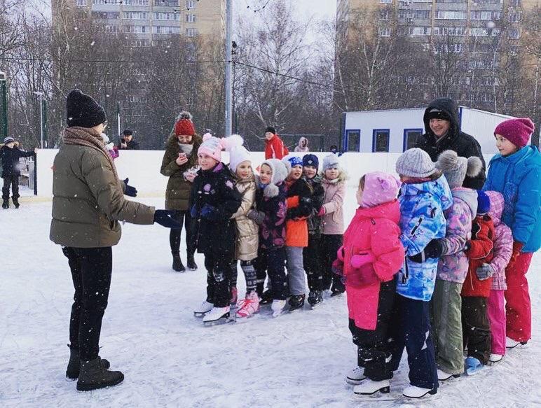 Дискотека на льду: молодые парламентарии Царицына провели мероприятие