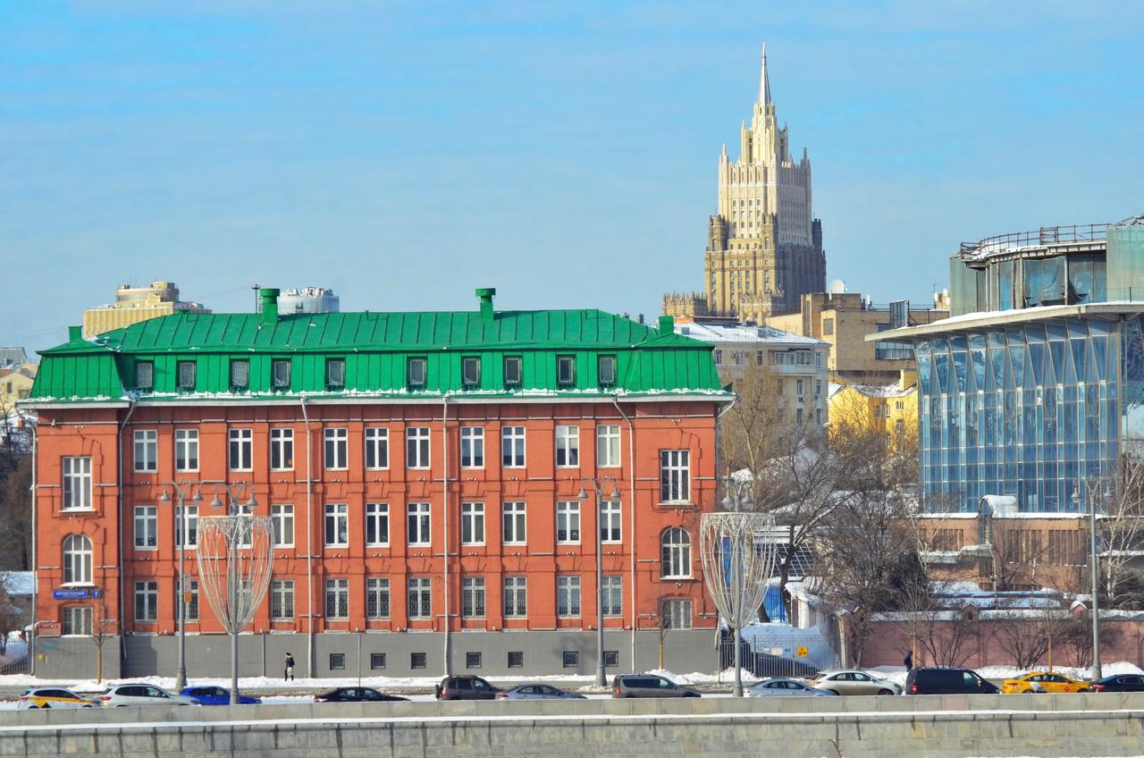 Московские синоптики напугали «барическим молотком»