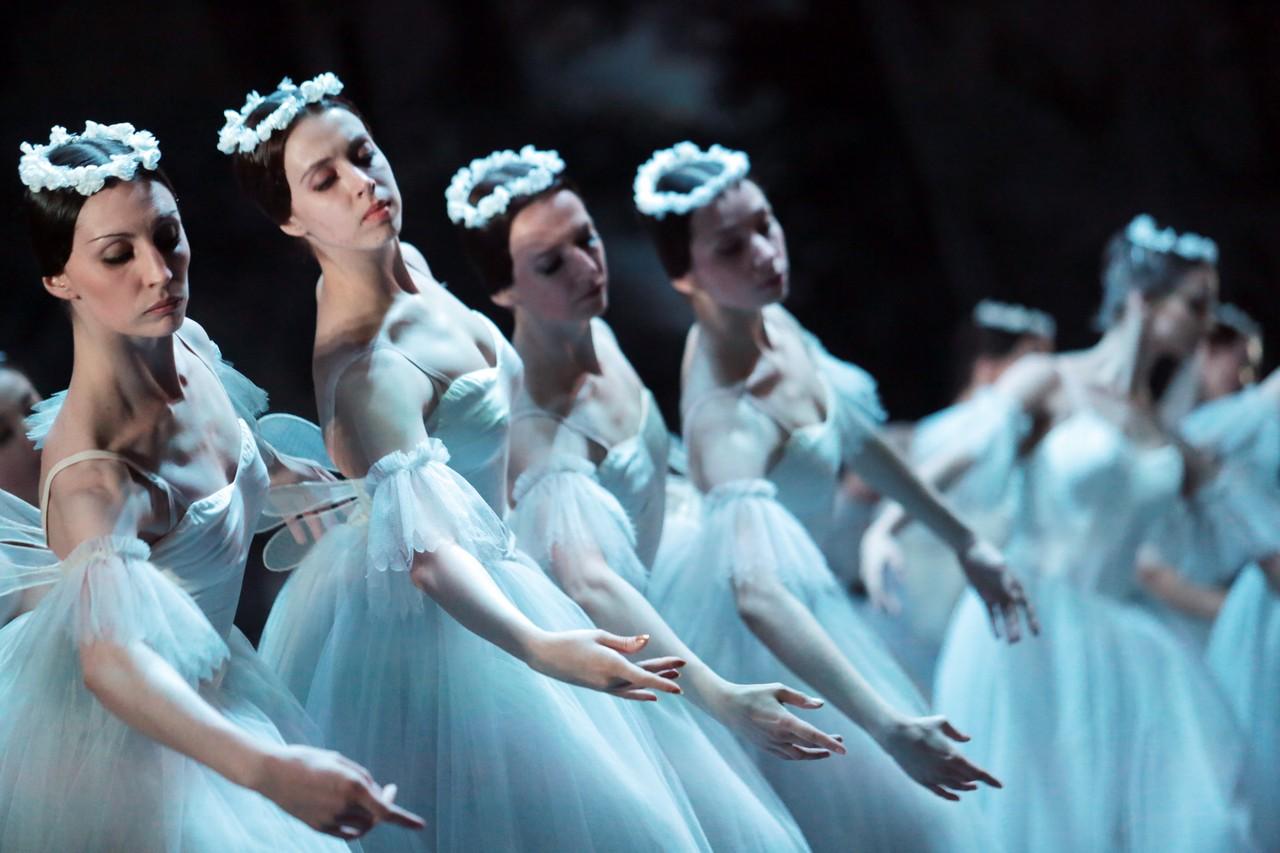 Свыше 130 учреждений Москвы примут участие в акции «Ночь театров»