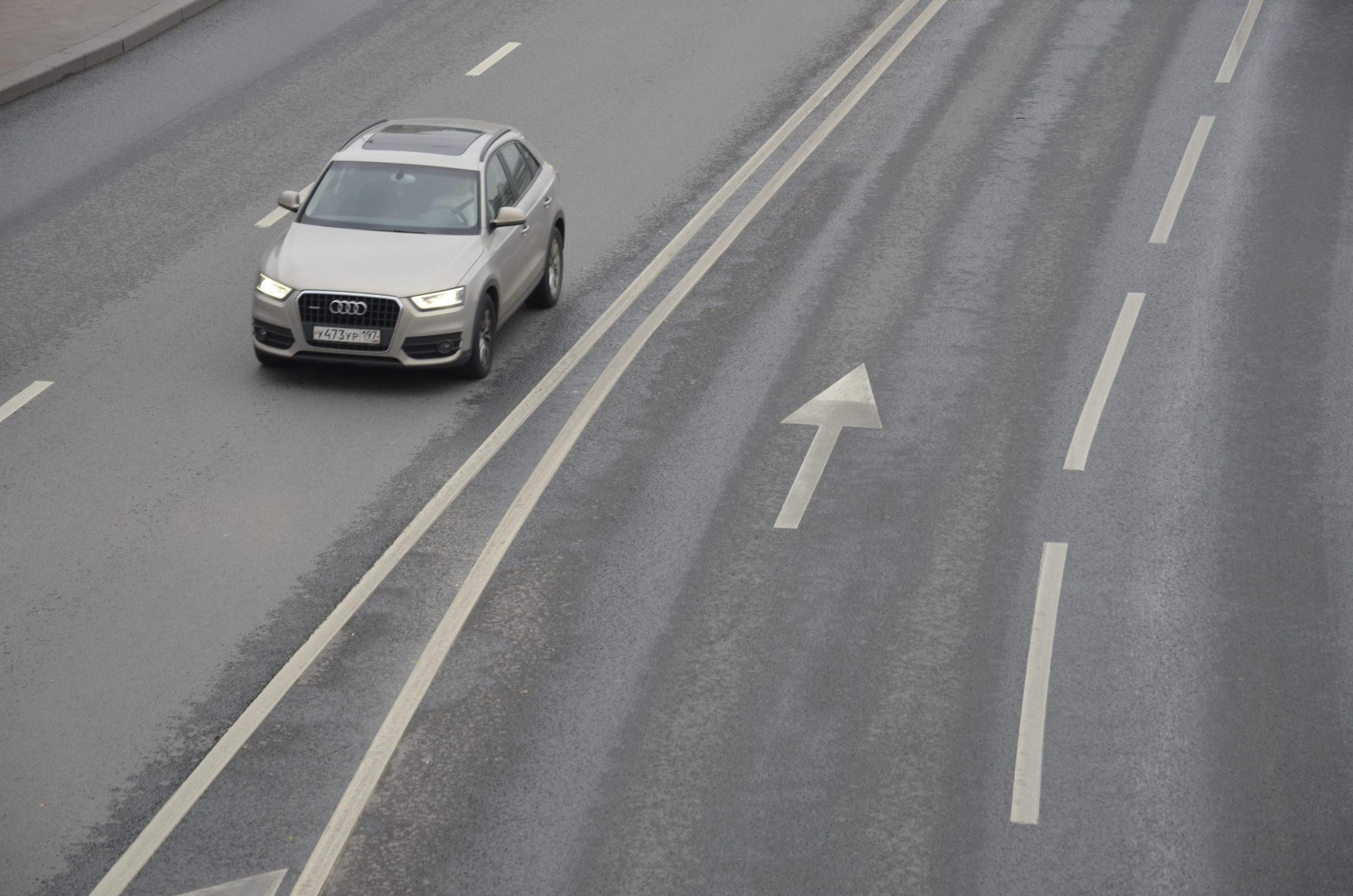Московским водителям посоветовали не менять зимнюю резину