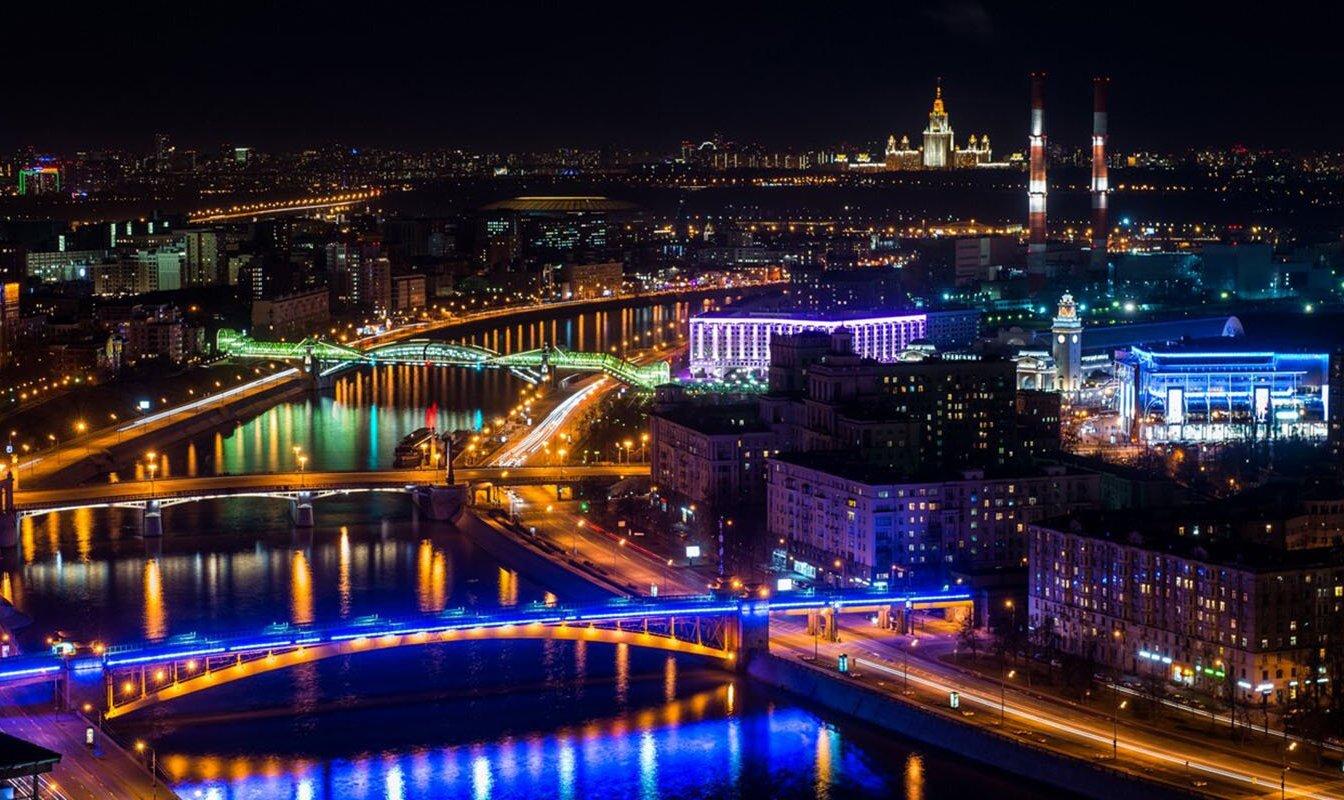 Подсветку более 2,8 тысяч столичных объектов отключили в рамках акции «Час Земли». Фото: сайт мэра Москвы