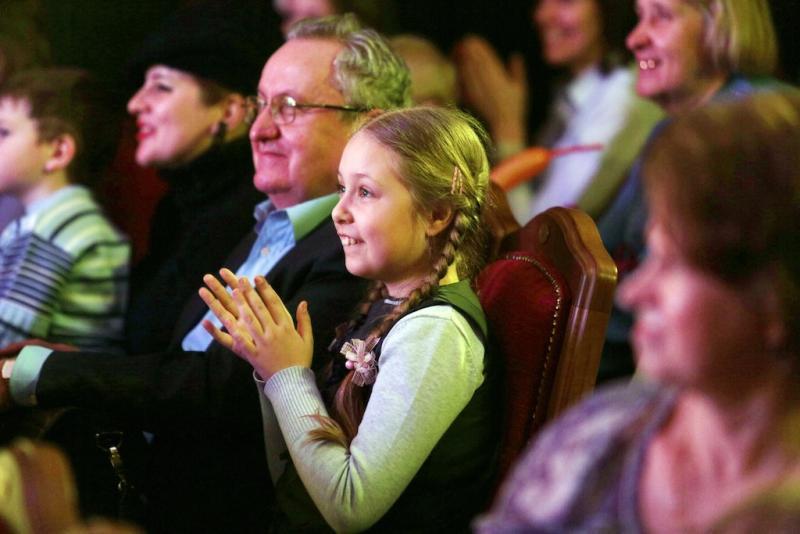 Москвичей пригласили на спектакль в «Загорье»