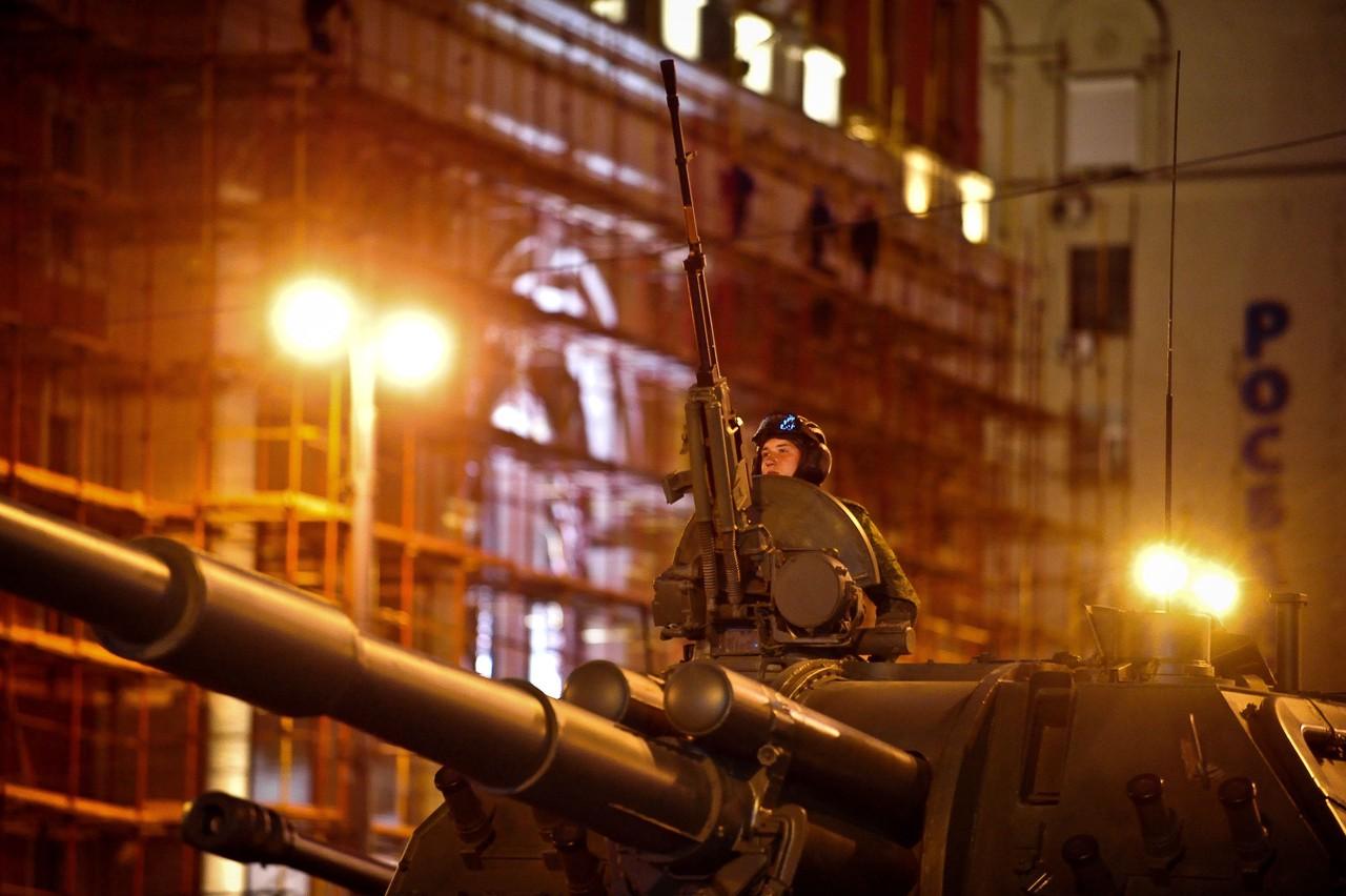 Даты ночных репетиций Парада Победы назвали в Москве
