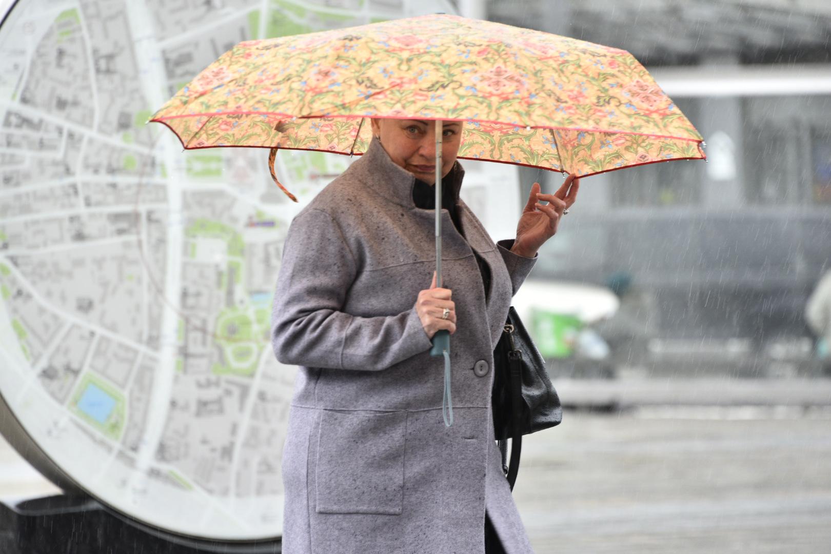 Дождливая и теплая погода ожидается в столице в субботу