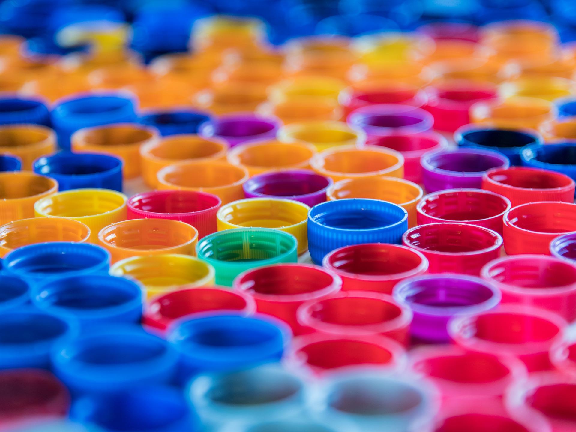Молодые парламентарии Орехова-Борисова Южного организовали сбор пластиковых крышек