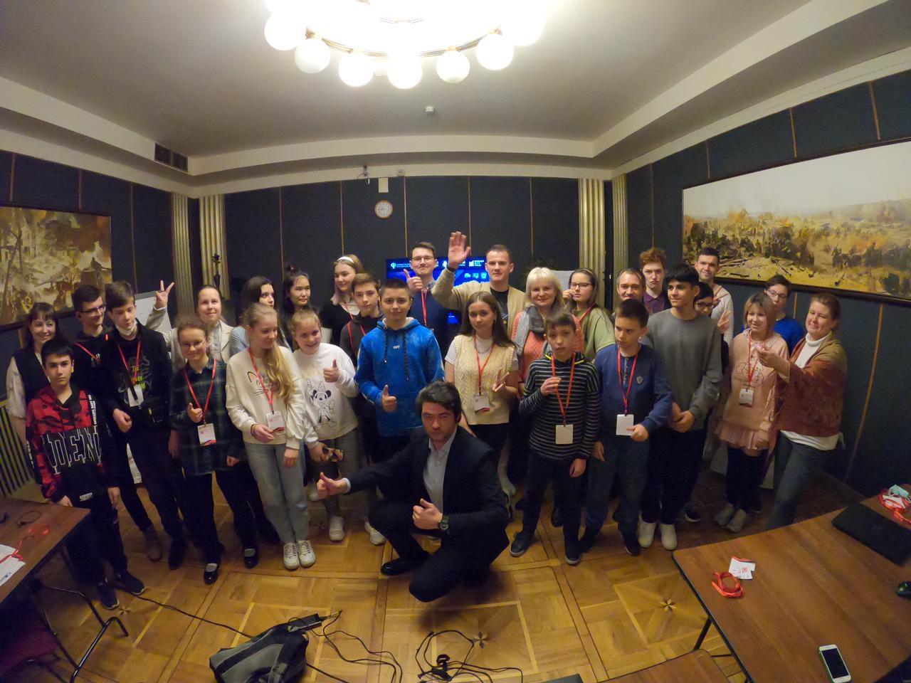 Ученики школы №504 прошли медиаинтенсив в Музее Победы
