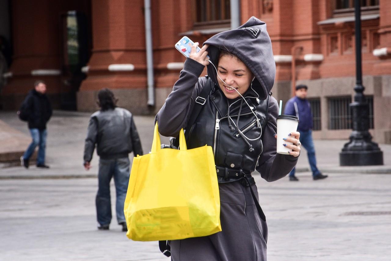 Пасмурная погода с ветром ожидается в Москве в среду