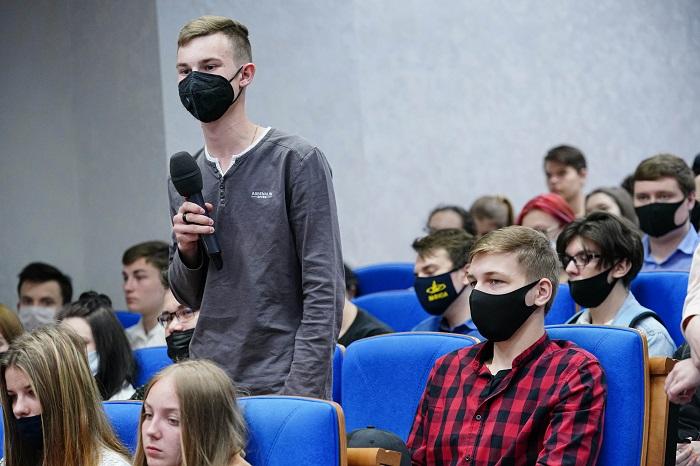 Сотрудники ГИБДД выступили перед студентами МФЮА