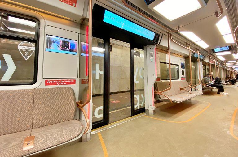 Подвижной состав столичного метро обновят до конца 2023 года
