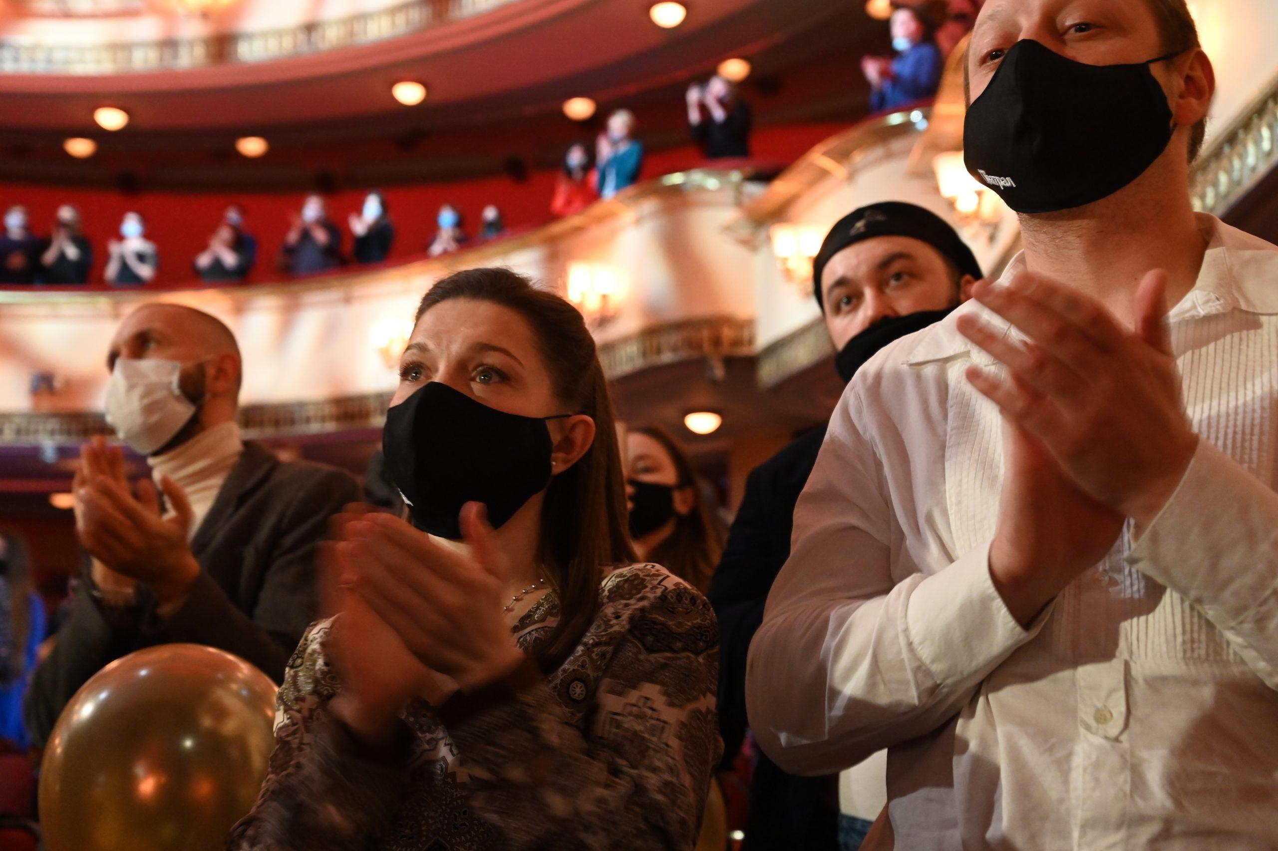 Театральные деятели поддержали идею доступа зрителей по QR-кодам