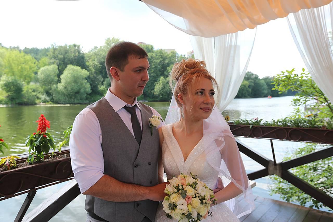 Парки Москвы подготовили лекции о свадебных традициях