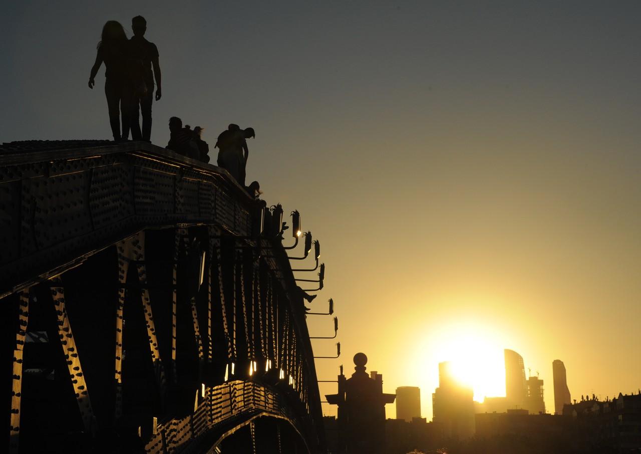 Москву накроет 34-градусной жарой во вторник