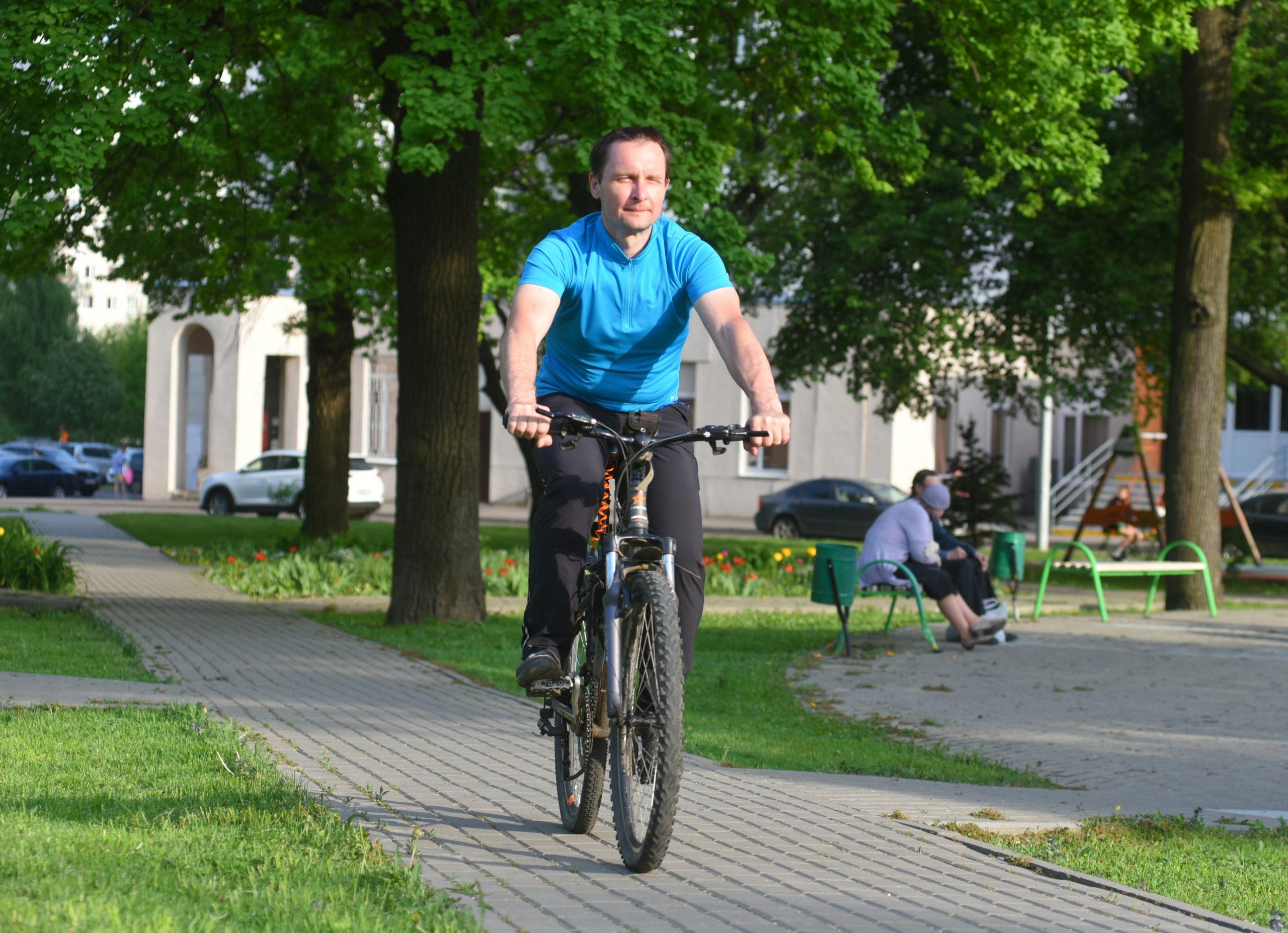Скорей седлай велосипед