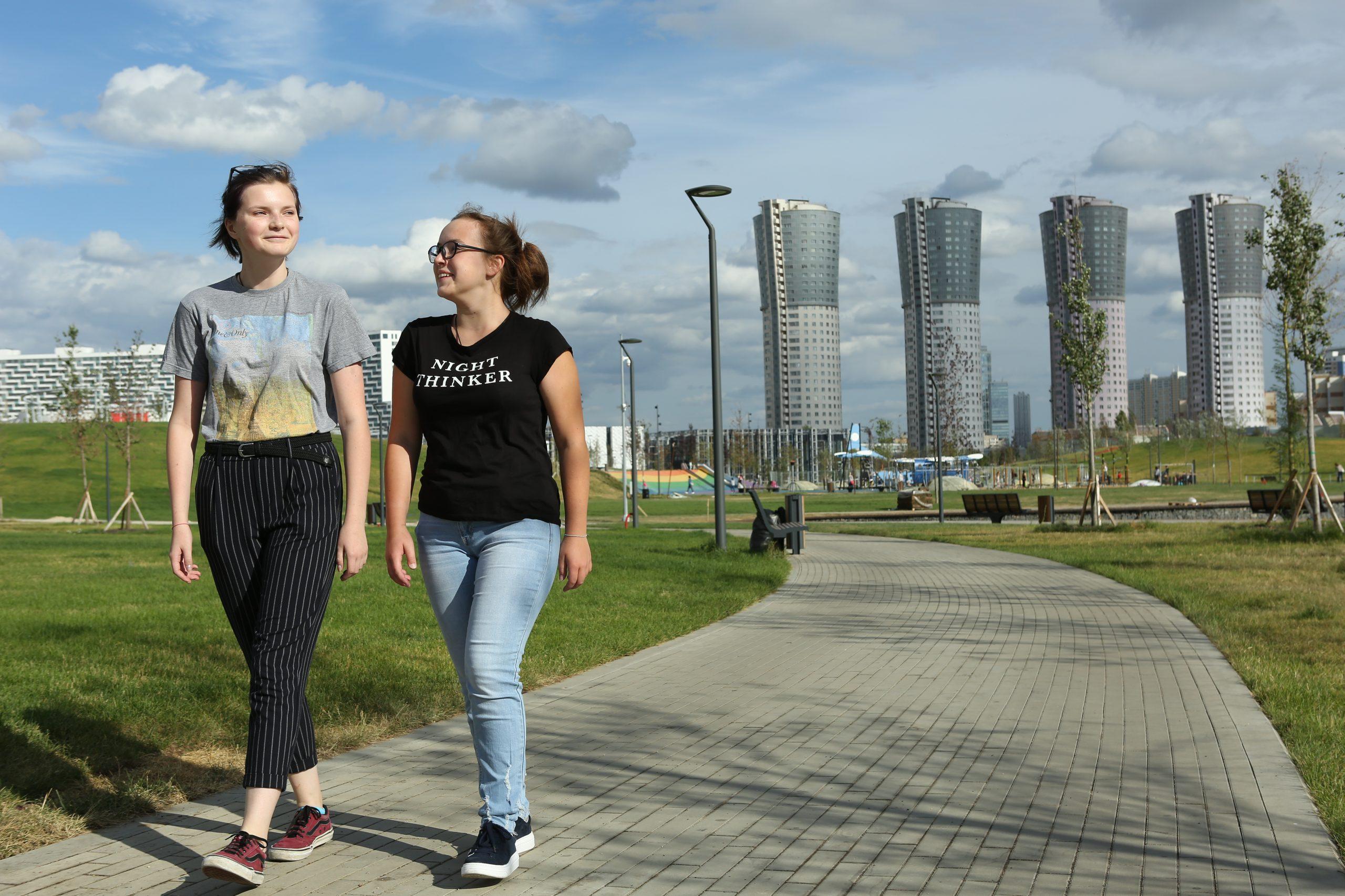 Столичные подростки пройдут стажировку в рамках проекта «Московское долголетие»