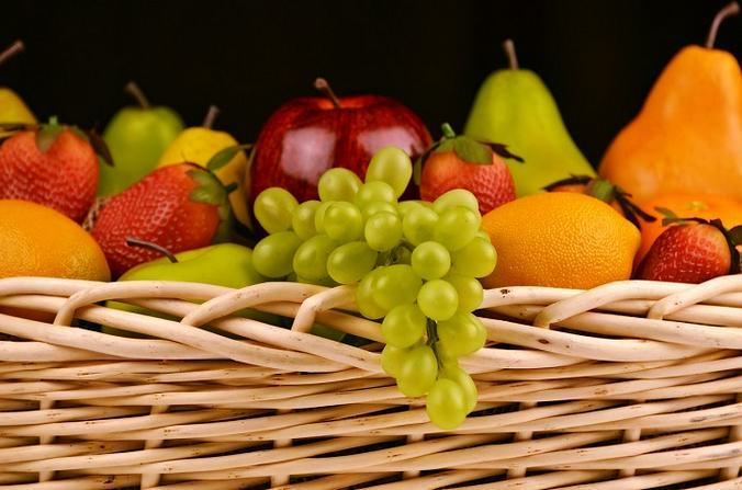 Члены МП Орехова-Борисова Северного предложили москвичам пройти тест на знание витаминов